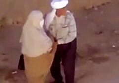 Taksówkarz sex w hd za darmo dał pasażerowi w usta, a potem w twarz